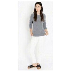 Ellen Tracy Gray Cashmere Crewneck Sweater